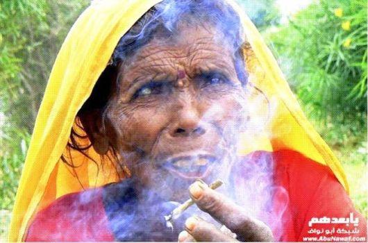 Smoking Girls Around the World