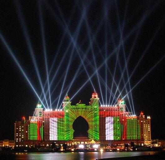 Hotel Atlantis Light Show Trial Run