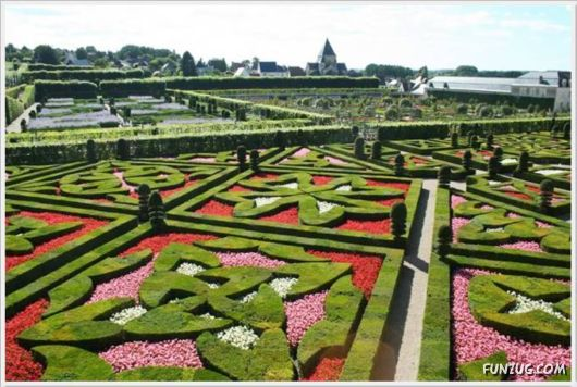 Beautiful Gardens In France
