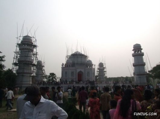Taj Mahal in Bangladesh