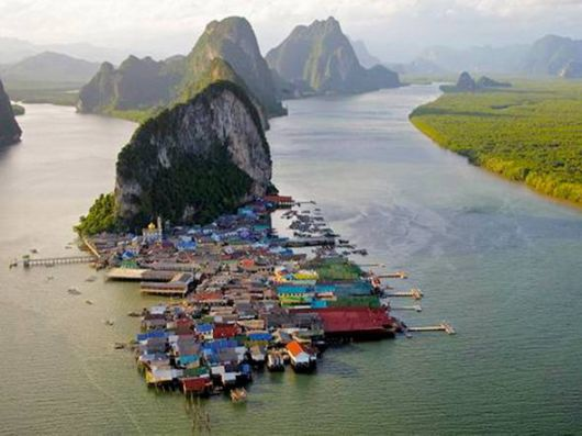 10 Amazing Water Towns And Villages