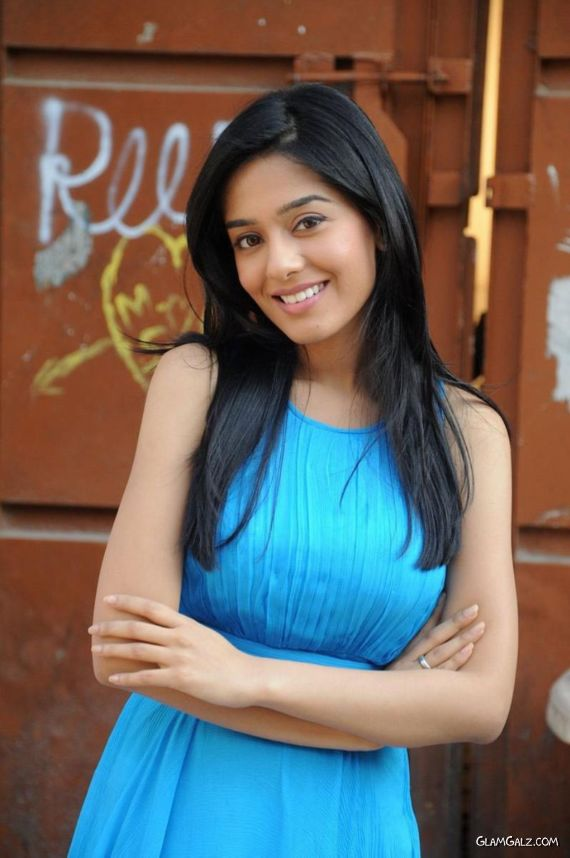 Amrita Rao Exclusive Photo Gallery