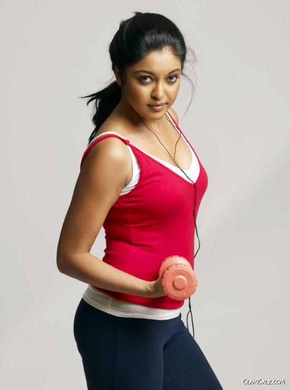 Tanushree Dutta Workout Photoshoot