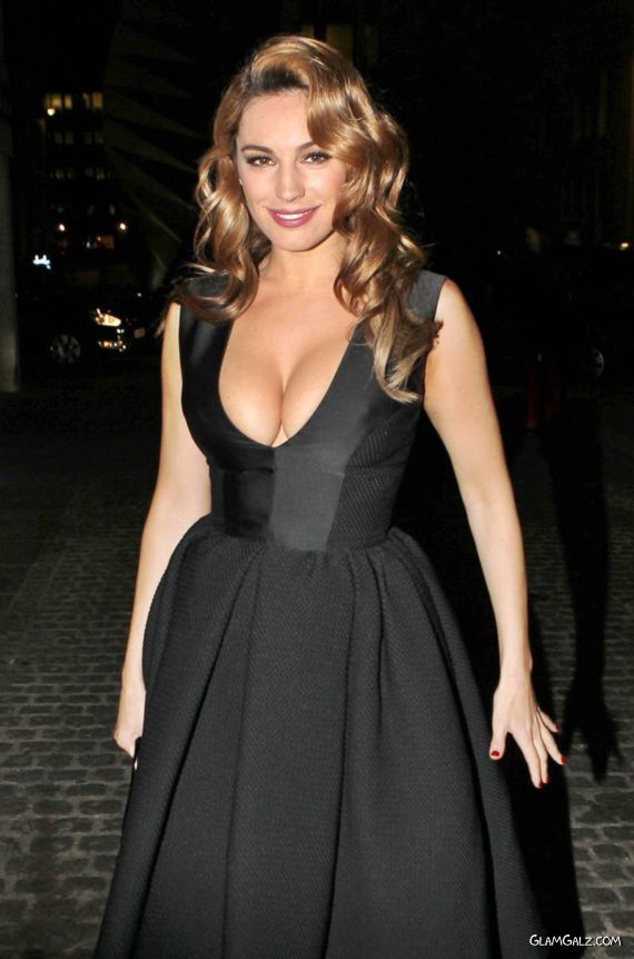 Kelly Brook At The Autumn Show