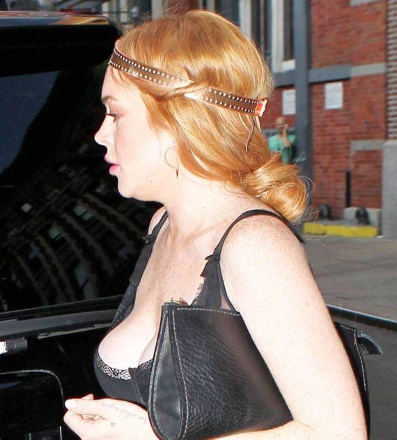 Lindsay Lohan Walking In NY
