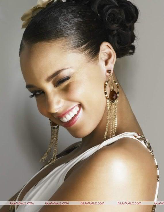 Alicia Keys in Whites
