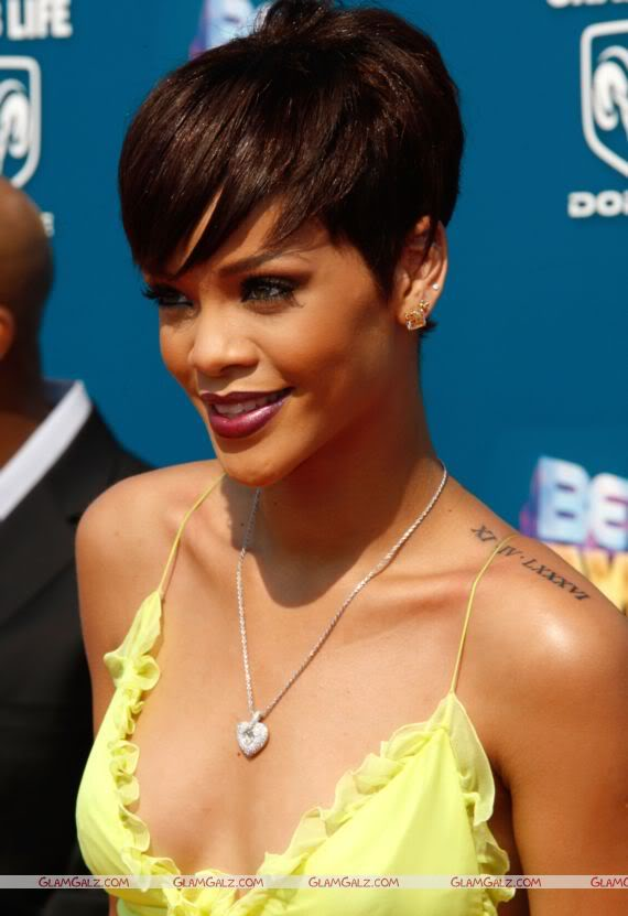 Rihanna at BET Awards 2008