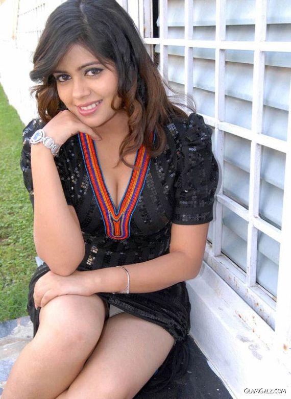 Fresh Tollywood Face Aditi Chowdary