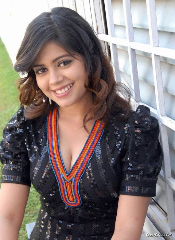 Fresh Tollywood Face Aditi Chowdary