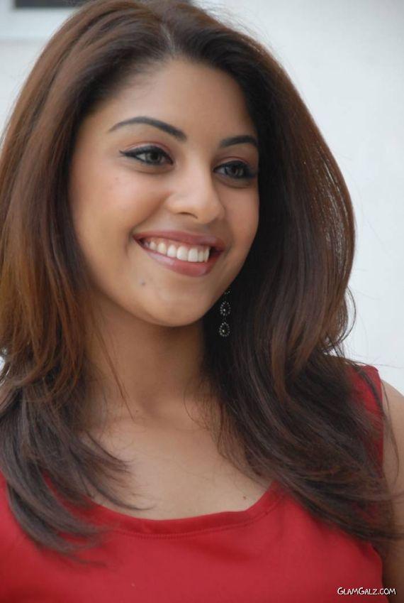 Richa Gangopadhyay Has Got A Sweet Smile