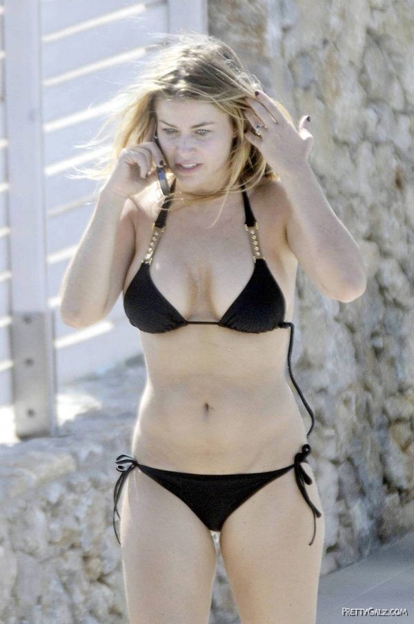 Carmen Electra Enjoying at Kos Island