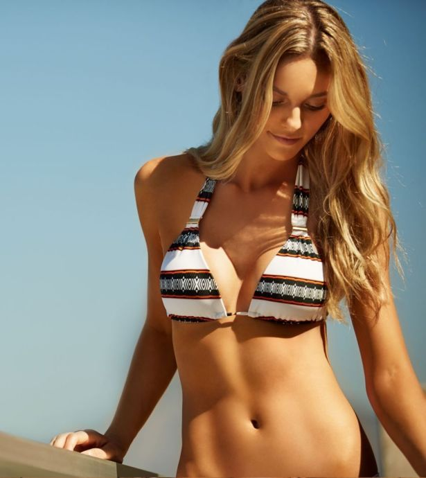 Fabiana Semprebom Shoots For Vix Swimwear