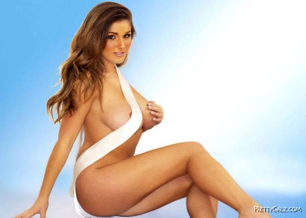 Lovely Lucy Pinder Awesome Poses
