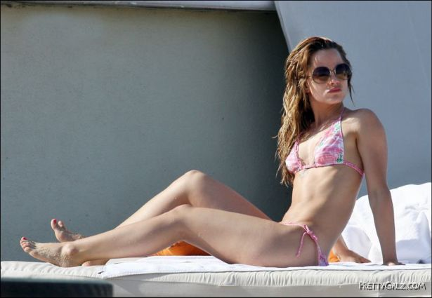 Mena Suvari Bikini Candids at the Beach in Mexico