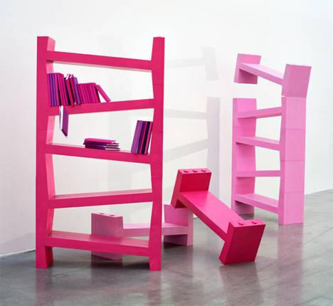 Amazing Bookshelf for Earthquakes