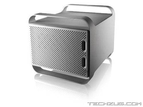 Iomega 1.5TB Drive Offers Fancy Backup Option